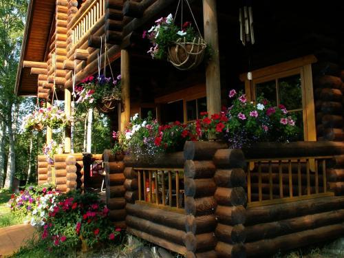 Neti Holiday House