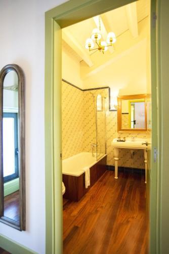 Habitación Doble Superior con terraza Hotel Quinta de San Amaro 5