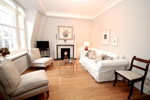 FG Property - Oxford Circus, Grosvenor Street, Apartment 3