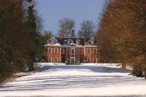 Woodman Lane, Sparsholt, Winchester, SO21 2LT, England.