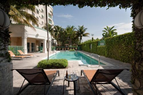 Courtyard By Marriott Fort Lauderdale Airport And Cruise Port FL, 33004