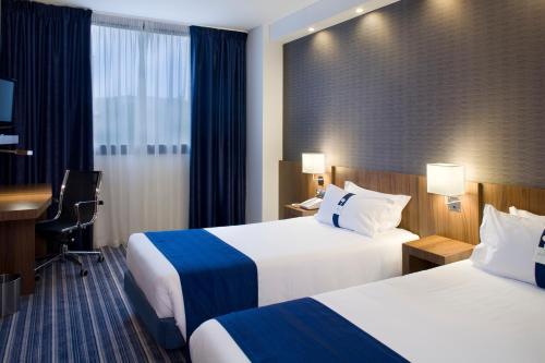 Stay at Holiday Inn Express Bilbao