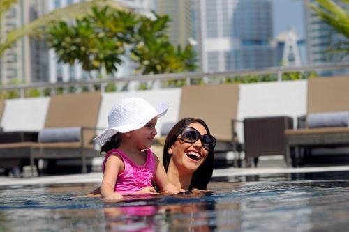 Mövenpick Hotel Jumeirah Lakes Towers Dubai photo 38