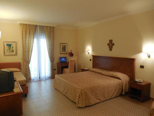 Hotel Ristorante Le Terrazze Sul Gargano a San Giovanni Rotondo da ...