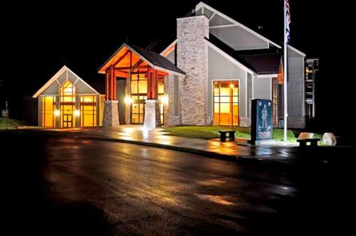 Twin Falls Resort