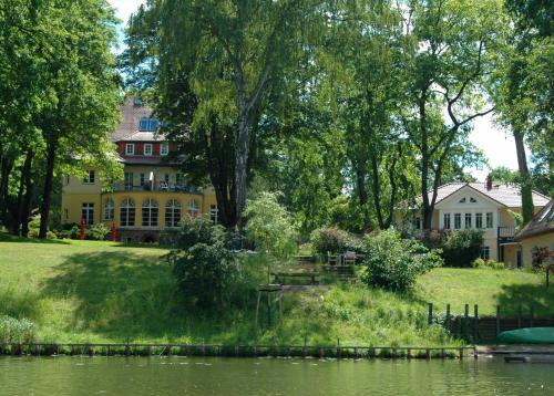 Отель Landhaus Himmelpfort am See 4 звезды Германия