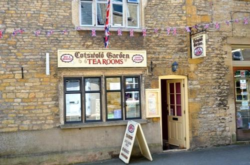 Vchod Cotswold Garden Tea Rooms