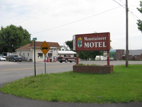 Mountaineer Motel
