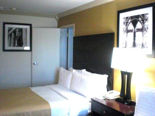 Holiday Inn - GW Bridge Fort Lee-NYC Area