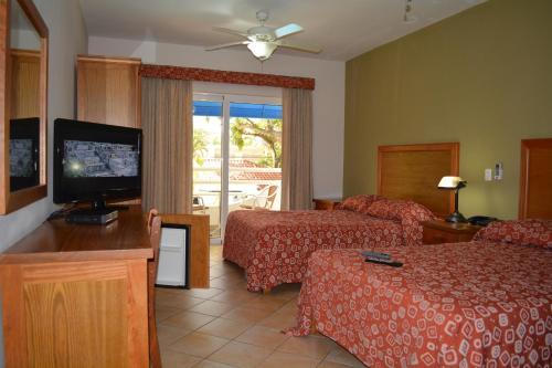 New Garden Hotel Sosa Sosua RentByOwnercom Rentals and Resorts