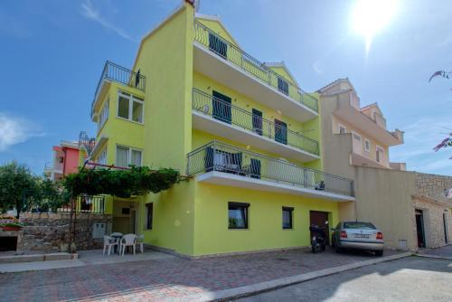 Отель Maslina Apartments 3 звезды Хорватия