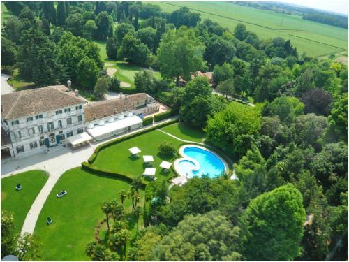 Hotel Villa Condulmer front view