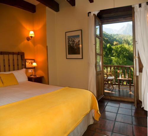Habitación Doble Superior con terraza - 1 o 2 camas   - No reembolsable Posada San Pelayo 1