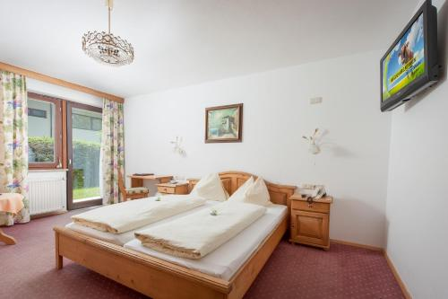 Double Room with Sofa Bed (2 Adults + 2 Children)