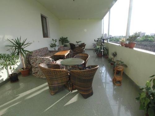 Хостел Balcony Villa