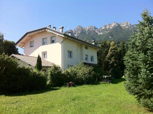 foto Villa Ducati (Calceranica al Lago)