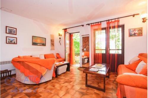 3BD Apartment on Ciovo island