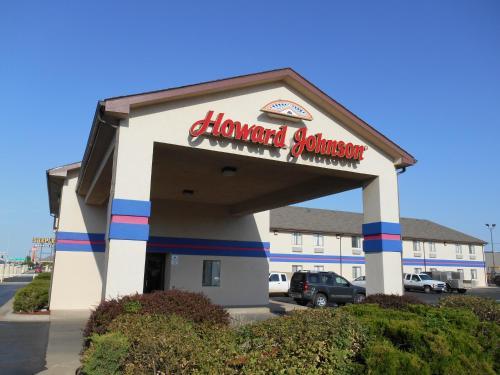Picture of Howard Johnson Inn Wichita Airport