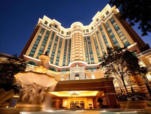 Отель Four Seasons Hotel Macao, Cotai Strip