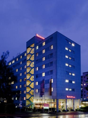 Отель Mercure Hotel Bad Homburg Friedrichsdorf 4 звезды Германия