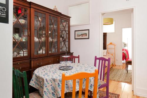 Two-Bedroom Apartment with Balcony - Rua da Quintinha