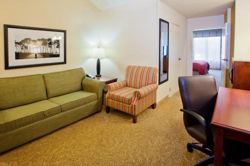 Country Inn & Suites By Carlson Atlanta I-75 South