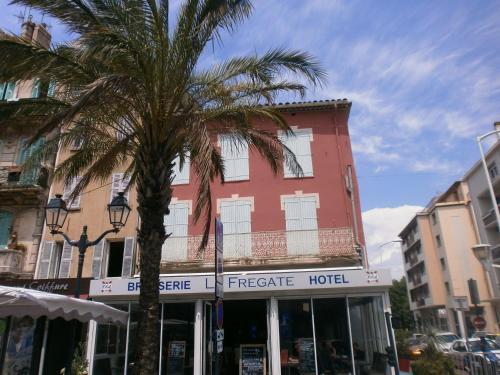 Brasserie Hotel La Frégate (B&B)