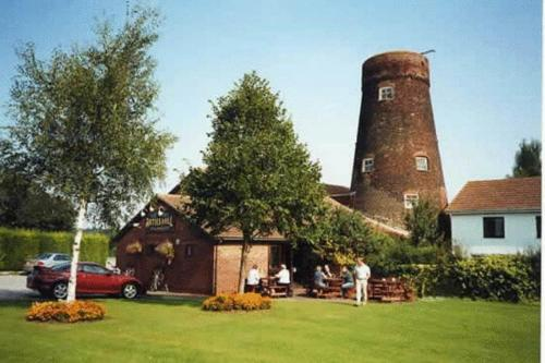Photo of Arties Mill Hotel Bed and Breakfast Accommodation in Brigg Lincolnshire