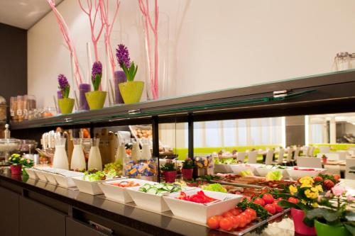 Ibis Styles Frankfurt City photo 5