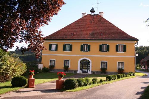 Mentehof - Apartment mit 3 Schlafzimmern und Terrasse