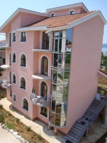 Apartments Vinka