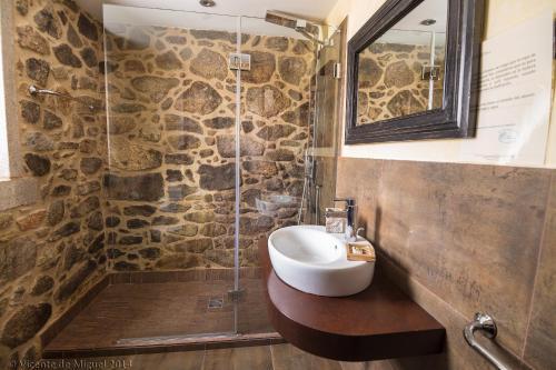 Habitación Doble - 1 o 2 camas - Uso individual Hotel Rustico Lugar Do Cotariño 3