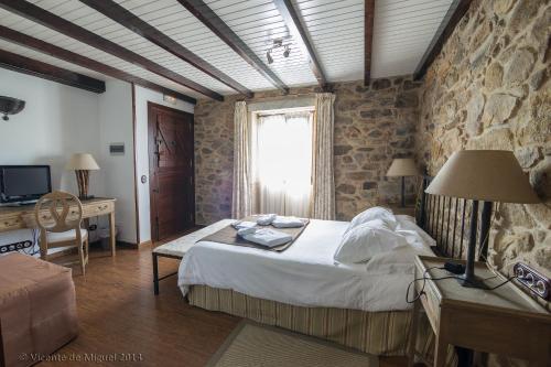 Habitación Doble - 1 o 2 camas - Uso individual Hotel Rustico Lugar Do Cotariño 10