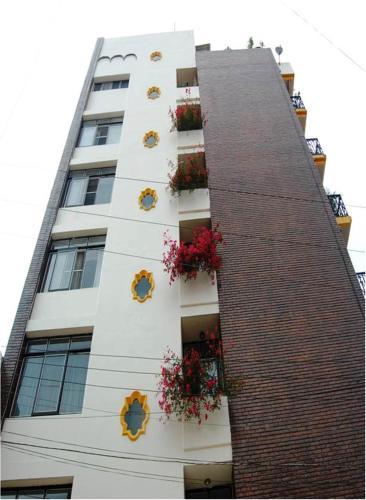 Hotel Villa de Cortez front view