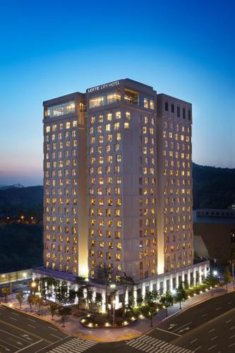 Отель Lotte City Hotel Daejeon 4 звезды Корея, Республика