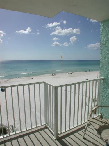 9500 Miramar Rd: Landmark Holiday Beach Resort By Vri Resorts, Panama City