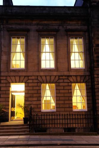 Edinburgh City Suites
