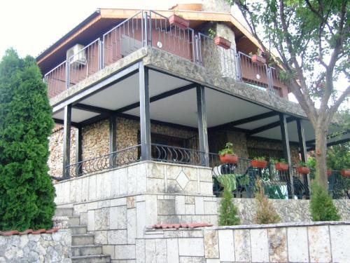 Rumyana House