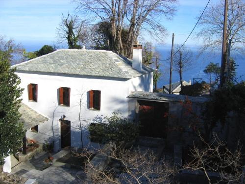 The Caretakers House - Tsagarada Greece