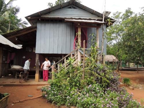 Luek Khim Homestay, Châmbák Dângkôm