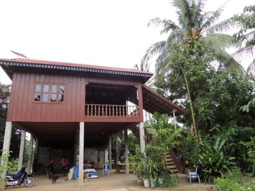 Hout Seum Homestay, Chambok