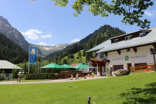 Alpenhotel Widderstein (B&B)
