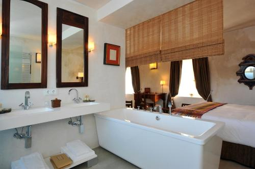Classic Double or Twin Room V... Boutique Hotel 7