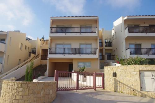 Melanos House