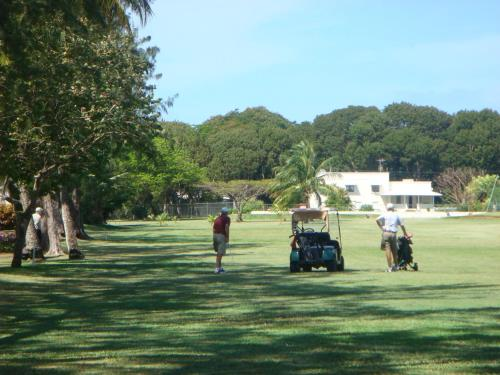 Plum Tree Club, Bridgetown