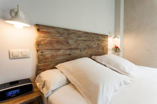 Superior Double Room with City View - single occupancy Hotel Boutique Elvira Plaza 5