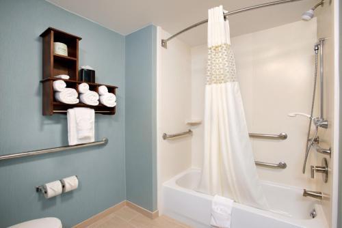 Hampton Inn & Suites Outer Banks/ Corolla