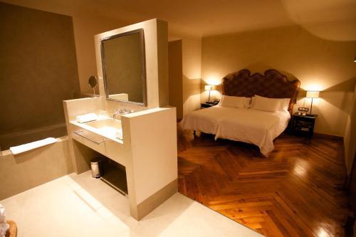 Habitación Doble Superior - 2 camas - No reembolsable Palacio Carvajal Girón 4