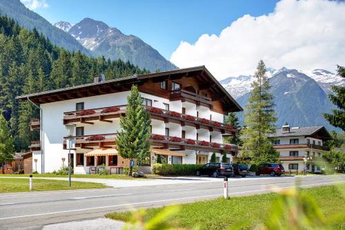 Active Hotel Wildkogel front view
