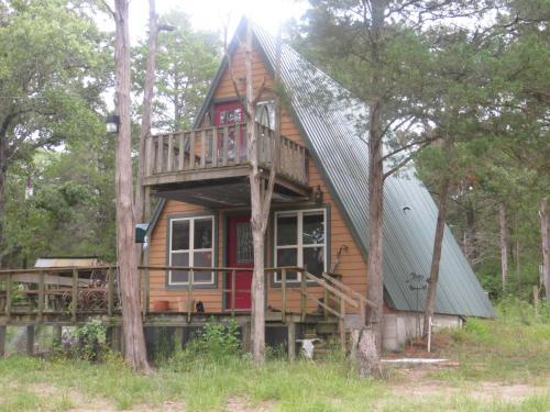Lily Ponds Cottage